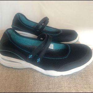 L.L. Bean Mary Jane Mesh Blue Comfort Flat Shoes